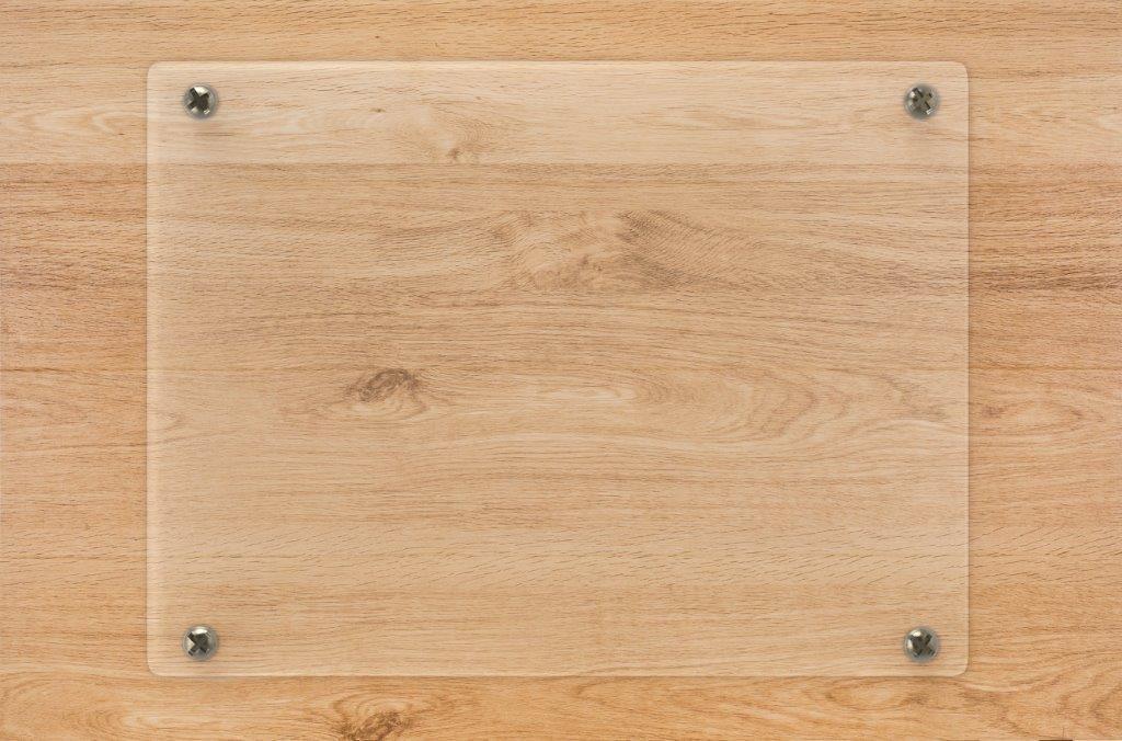 看板に使われるアクリル板と塩ビ板の違いとは?