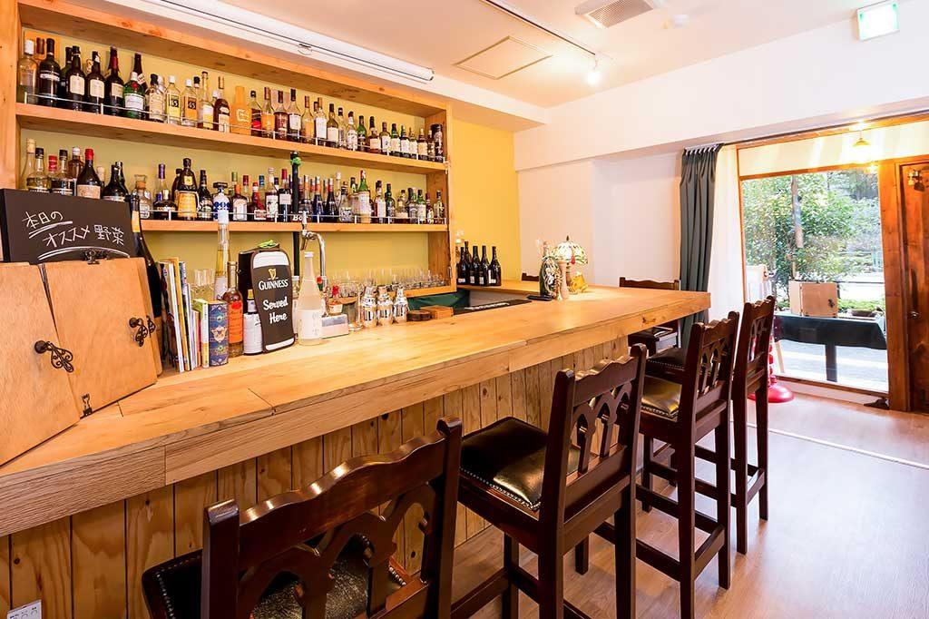 飲食店を経営する方へ!看板や装飾を使った集客方法をご紹介します!