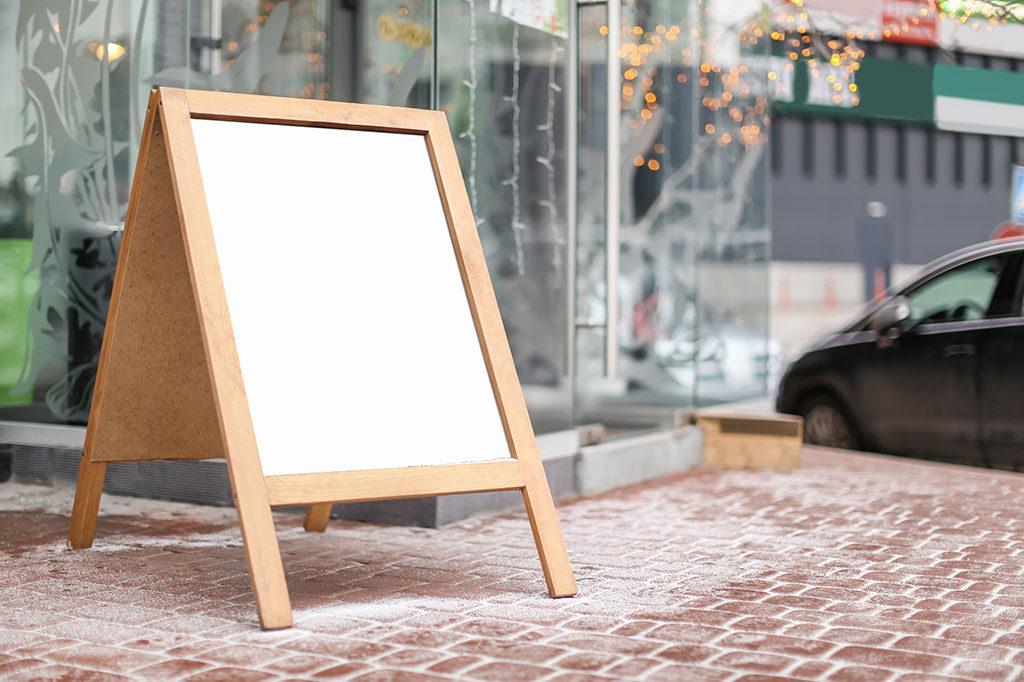 飲食店の開業にはディスプレイ看板がおすすめ!その理由とは?
