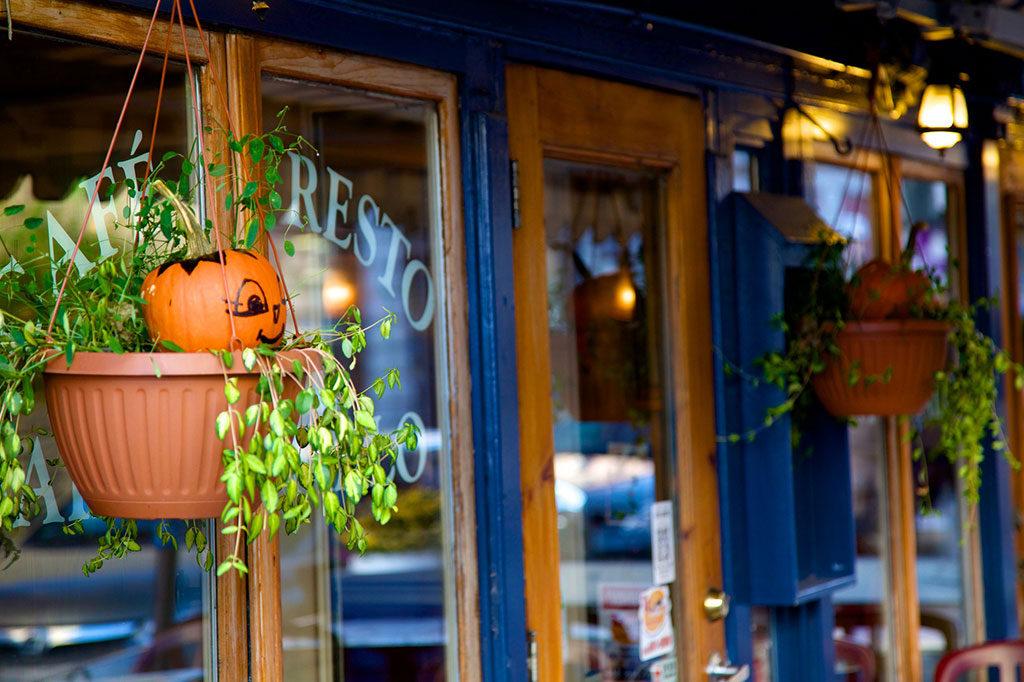 ハロウィンの期間はどれくらい?店舗装飾におけるポイントをご紹介します