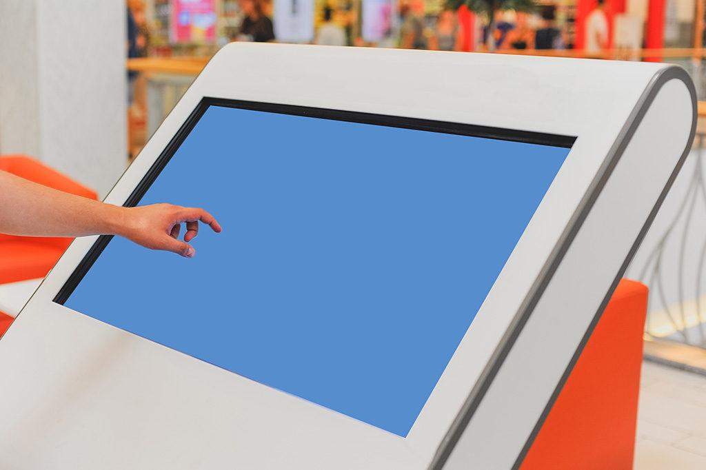 とても便利!タッチパネル式のデジタルサイネージについて徹底解説!